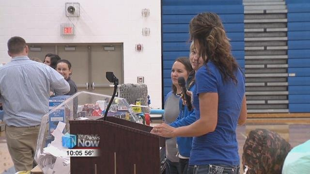 The Allen East academic lottery has been held for the last 28 years and rewards students with prizes for doing well in class.