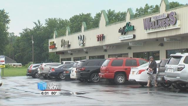 An employee at the 777at 1933 Elida Road was approached by a man brandishing a gun demanding money just before 11 p.m. last night.