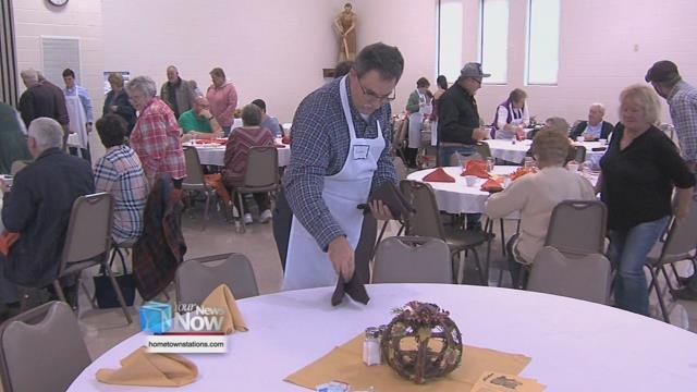 Wapakoneta and surrounding community members were welcome to a Thanksgiving meal.