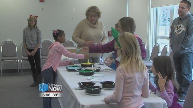 The event is put on by Downtown Lima, Inc. and features different activities for families at stores and restaurants in downtown Lima,everything from decorating cookies to making crafts to getting your picture with Santa.