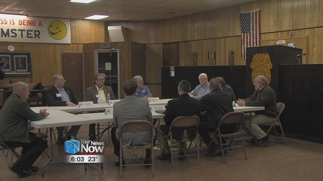 Representatives from Teamsters Local 908, Rudolph Foods, United Steelworkers Local 624, United Autoworkers Local 1219, and Mayor David Berger were part of the roundtable talk.