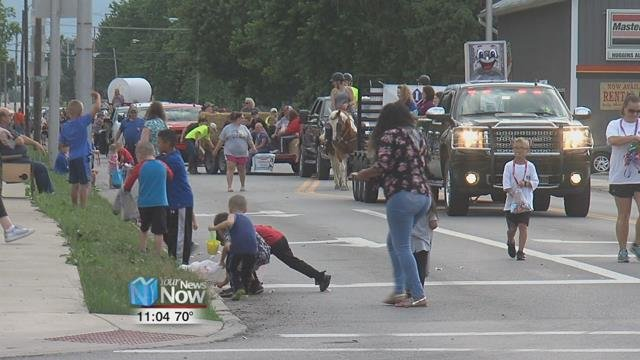 Ottawa's Main St. was crowded with Putnam County families ready to get a jump on fair week.