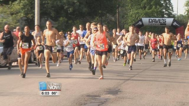 Around 860 runners started their 4thof July with a run, but this year they had options.