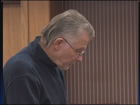 Menards manager in court for felony theft