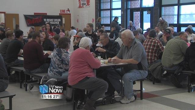 Van Wert Elementary PTOteamed up with the Van Wert City D.A.R.E.program as well as several local businesses to put on a pre-Valentine's Day breakfast.
