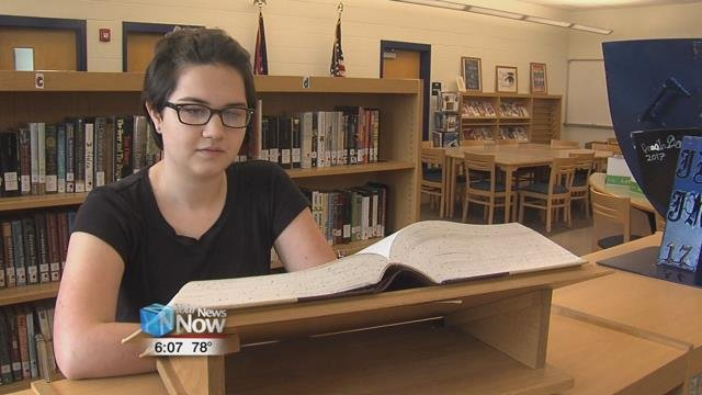 Una Van Wynsberghe is an 8th grader at Lincolnview, who is active in band and is an avid reader.