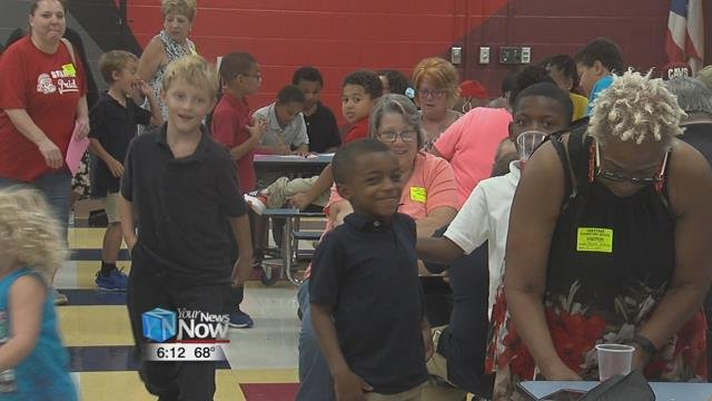 The grandparents of students were invited to Heritage Elementary School for an afternoon of snacks and crafts.