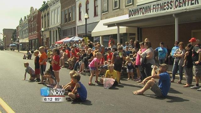 The Delphos Public Library and the Delphos Area Art Guild ran some of the many tables that filled the streets of downtown.