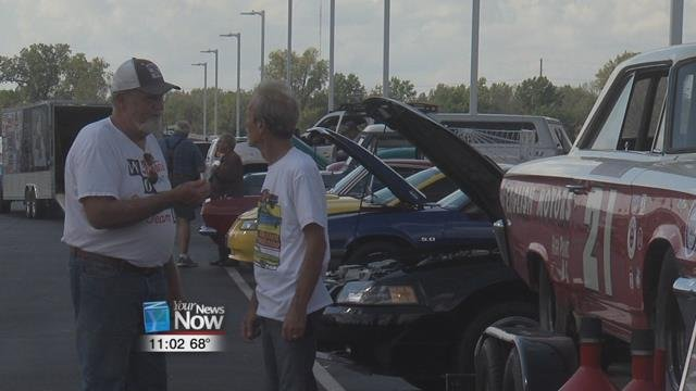 The dealership teamed up with the United Auto Workers (UAW)Local 1219 to raise money to support local service men and women through their first Veterans Car Show.