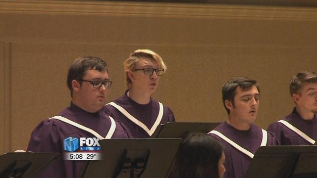 The Bluffton University music department helped students and staff at the university get into the holiday spirit Tuesday morning.